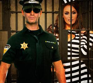 cop-sexy-prisoner-roh